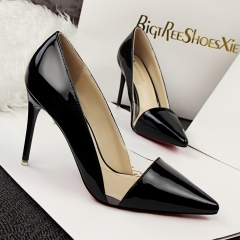 Nightclubs with high-heeled shallow mouth pointed clear transparent color hollow hollow shoes black 38