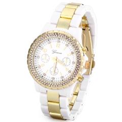 Superb Women Watch Diamonds Analog Steel Watchband white