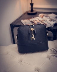 Ladies shoulder bag messenger bag ladies leather shoulder bag well-known brand black 22X8X18CM