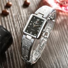 Fashion Golden Shining Watches Women Dress Watches Quartz Watches Golden Silver Watches Cestbella Black