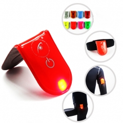 LED Safety Reflective Clip Light Running Cycling Dog   High Visibility Magenet Clip  Bike Tail light Random color
