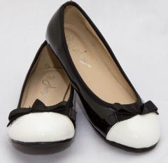 Amaiya Elegance round toe patent black with white cap and bow black + white 40