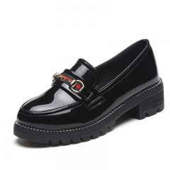 rough with leather shoes, British women's patent leather non-slip women's low-heeled female metal black 35