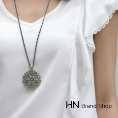 HN Brand-1Pcs/Set New Bohemia decorative hollow pattern necklace Pendant Women Jewellery Gift black chain length:68cm