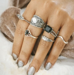 HN-6 piece/Set New Fashion Black Individual love Alloy Crystal Wedding Ring Women Men Jewellery Gift silver as picture