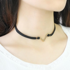 HN-1 Piece/Set New V short accessory Alloy Necklaces Pendant Women And Men Jewellery Gift gold chain length:31cm