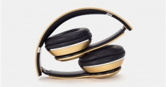 TechJumbo Stereo Bluetooth Wireless Over-ear Foldable Portable Headphones with Microphone gold