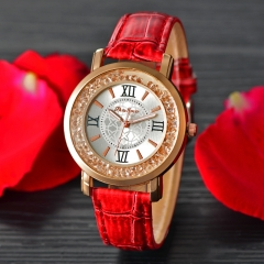 2017 Fashion Ladies Wristwatch Fashion Unique Leather Watchband Watch Women Red