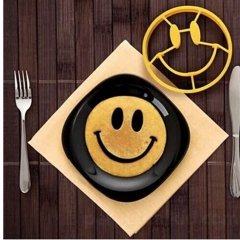 Smiley face pancake/eggs shaper Yellow one size