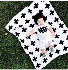 Cross-shaped Reversible Baby Swaddle Blanket Wrap,Black/White white one size