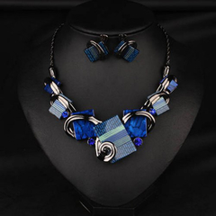 Retro Style Rhinestone Geometric Pendant Necklace and A Pair of Earrings Blue One size