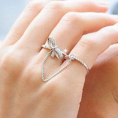 2 in 1 Chic Rhinestone Embellished Bowknot Shape Women's Ring ONE-SIZE