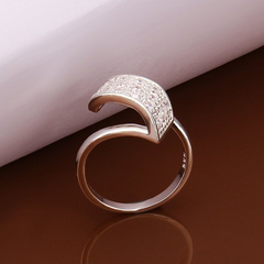 Charming Triplex Diamonte Wave Ring For Women As the picture 18.1MM