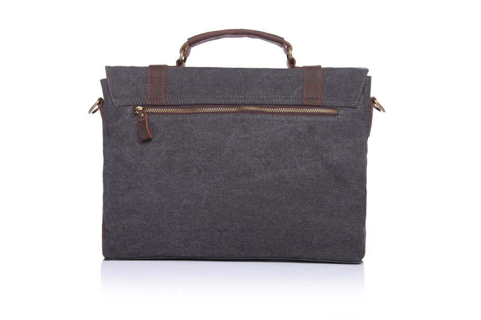 169e710ed87b HIGH QUALITY MATERIAL ¨C This messenger bag is made of canvas and FULL  GRAIN LEATHER trim.