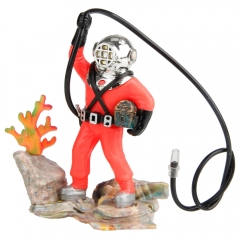 New Plastic Diver with Hose Aquarium Fish Air-operated Decoration as picture one size
