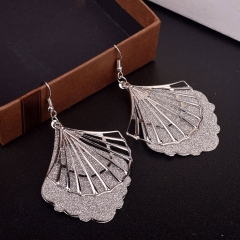 DES131 Concise Casual Hollowed-out Scallop Shape Frosted Alloy Earrings silver normal
