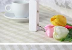 Perfume Universal 2600mAh USB Port Battery Charger Portable External Emergency Power Bank SWISSANT® white 2600mah