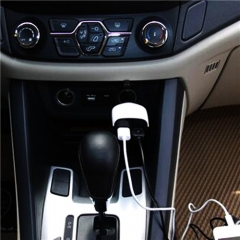 Smart LED 3.4A Dual port usb car charger with power DC Voltmeter Digital