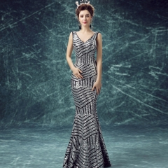 2017 New Year section sequins halter sexy banquet evening dress Striped silver S