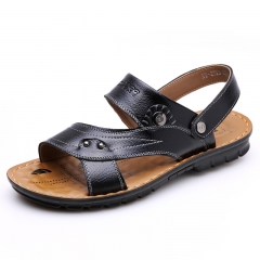 In the summer of 2016 the new authentic men's leather sandals, slippers cool male men's shoes Black 38