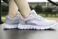 Men/Women Shoes Mesh Running Shoes Outdoor Breathable Flats Sneakers Slip-on Sport Casual Shoes grey & pink 36