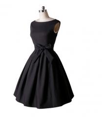 Noble dignified round neck sleeveless large skirt black m
