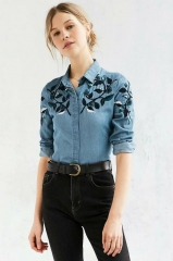 The new European and American fashion wild shoulder embroidery leaves long - sleeved shirt as picture s