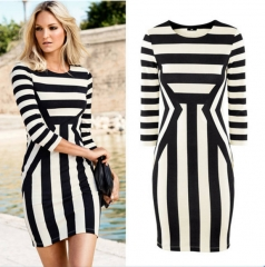 Fashion Slim package hip-sleeve round neck striped black and white dress as the picture m