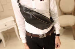 The new leather pockets for men outdoor small chest black one size