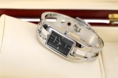 KIMIO brand fashion retro bracelet watch, student casual watch fashion female watch black