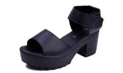 The new tide white muffin sandals slope with thick soled high-heeled shoes black 35