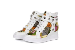 The new high - help leisure personalized printing color spell invisible by the high tide shoes white 38