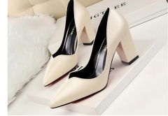 ZING Retro fashion simplicity comfortable fat heel apricot 34