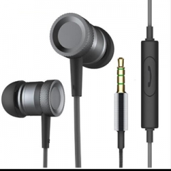 Strong and clear high quality metal 3.5mm In-Ear Earphones ear headset microphone and remote control Black