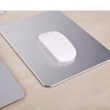 250 * 200 * 3 mm Gaming Aluminum Mouse Pad with Anti-Skid Rubber Base Silver
